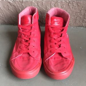 Men Levi's Red High Top Shoes size 9